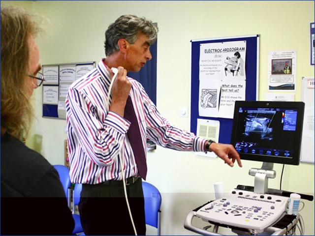 Dr. Oliver Stumper - Gyermekek belföldön és külföldön történő gyógykezelésének támogatása, májtranszplantáció, gerincműtétek, gyermek szívműtétek, különleges műtétek