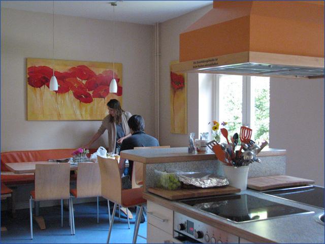 Ronald McDonald Ház - Kiel - Gyermekek belföldön és külföldön történő gyógykezelésének támogatása, májtranszplantáció, gerincműtét, gyermek szívműtétek, különleges műtétek