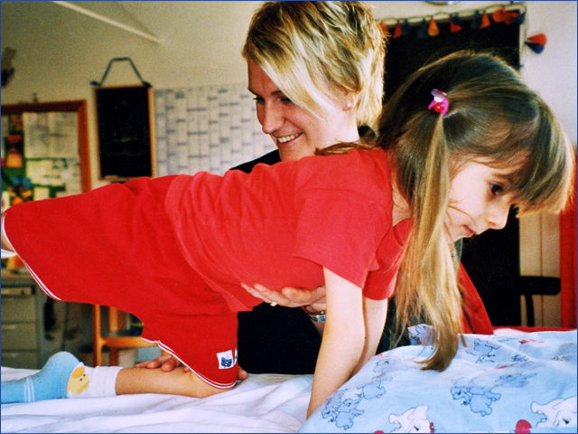 Üvegcsontú gyermekek - Gyermekek belföldön és külföldön történő gyógykezelésének támogatása, májtranszplantáció, gerincműtét, gyermek szívműtétek, különleges műtétek