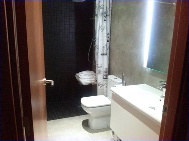 Barcelona apartman ház - fürdőszoba
