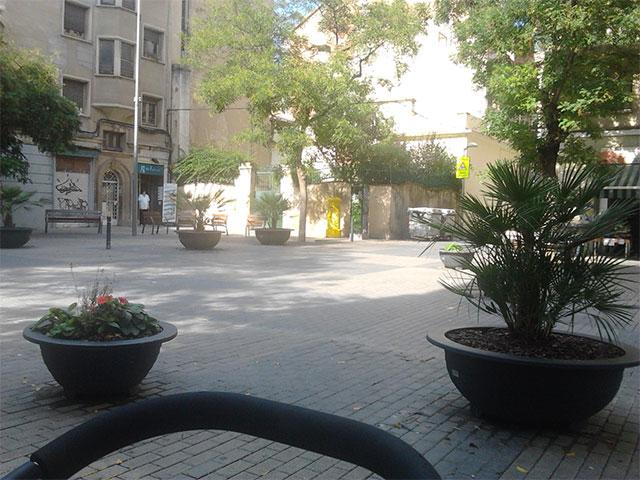 Barcelona - tér a szállás mellett