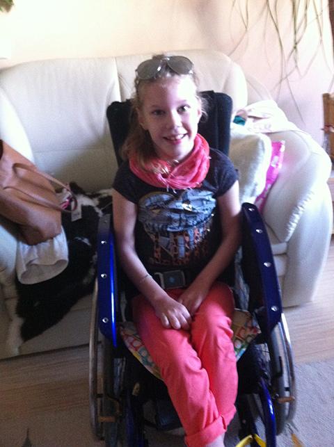 Lili - különleges műtétek - Egy szív a gyermekekért Alapítvány - Gyermekek gyógykezelésének támogatása, májtranszplantáció, gerincműtét, szívműtétek, különleges műtétek