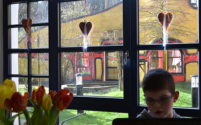 Ronald McDonald House Hundertwasser Ház - nappali