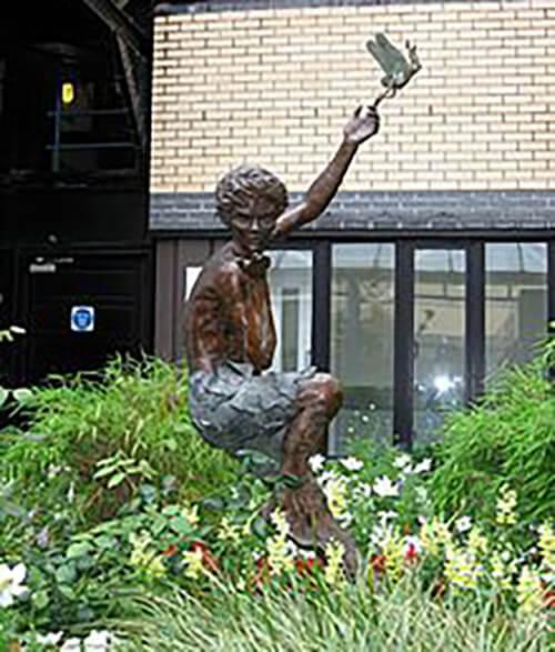 Great Ormond Street Hospital - Péter Pán szobor
